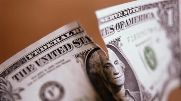 Куди можна здати пошкоджені долари і євро