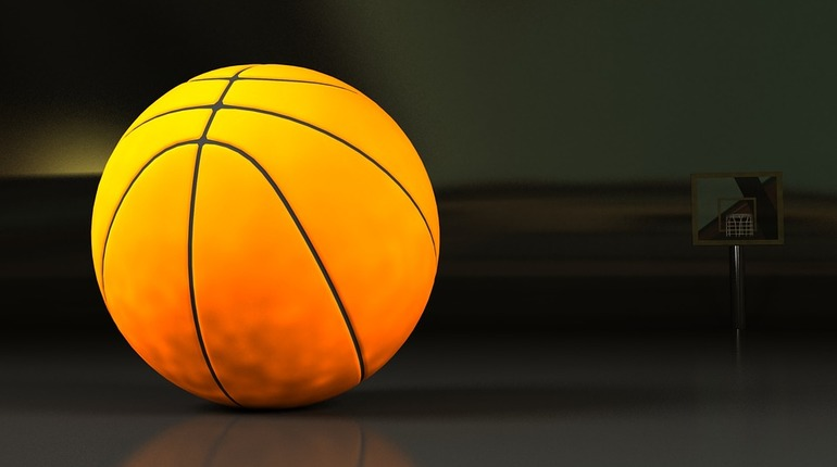 Тернопільський школяр отримав удар в голову м'ячем: хлопець у лікарні
