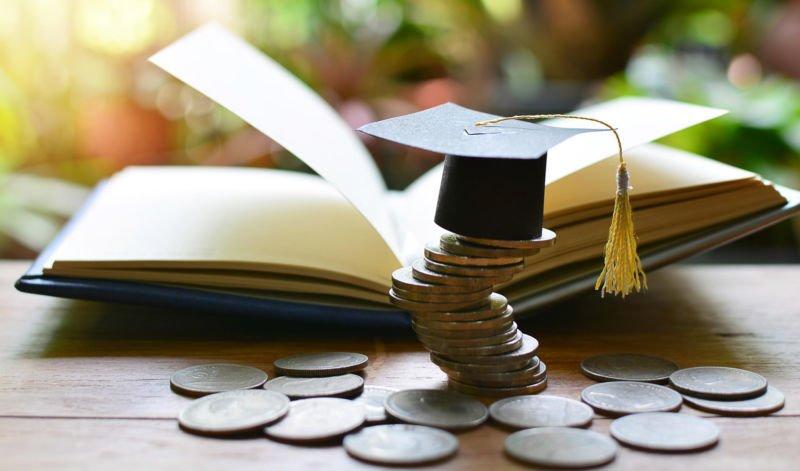 Жителям Тернопільщини повернули 12 млн грн податку через витрати на навчання, страхування…