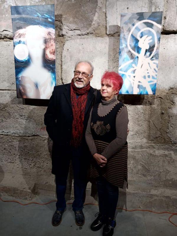 Тернопільська художниця відкрила виставку картин, які намалювала у смартфоні, борючись з коронавірусом(фото)